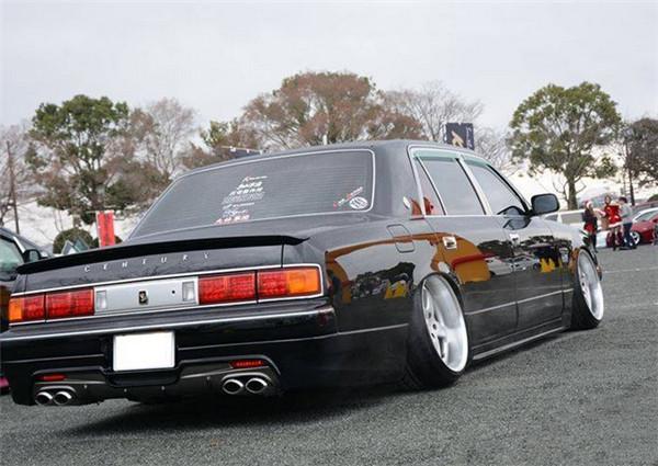 论坛 69 车型案例 69 丰田 69 丰田皇冠气动避震升级 皇冠改装