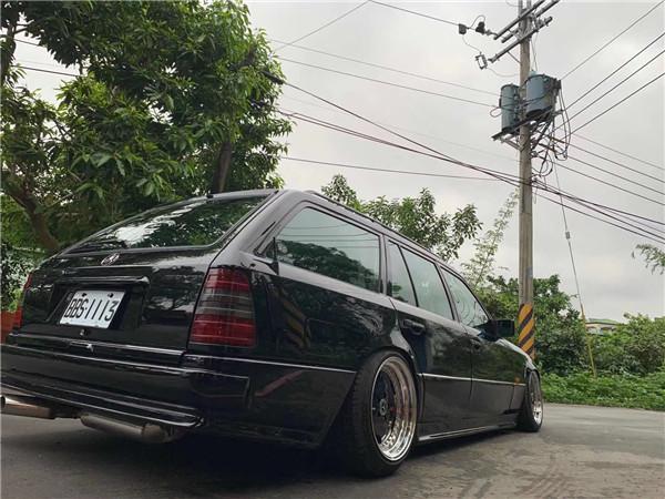 W124 (8).JPG