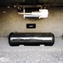宝妈E34改装AIRBFT气动避震后备箱案例