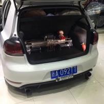 大众高尔夫6改装ACCUAIR气动避震后备箱案例