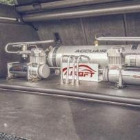 奥迪A4B9 ALLROAD气动避震后备箱造型