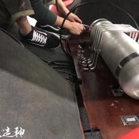 大众高尔夫4改装ACCUAIR气动避震后备箱造型设计