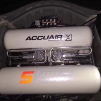 丰田锐志ACCUAIR后备箱造型案例