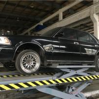 皇冠132老爷车安装AIRBFT气动悬挂减震器定期检查气囊使用情况!